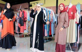 Rekomendasi Pilih Baju Muslim Wanita Sesuai Bentuk Tubuh