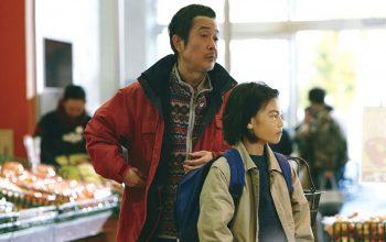 Shoplifter Figur Osamu Shibata yang Ingin Dipanggil Sebagai Ayah